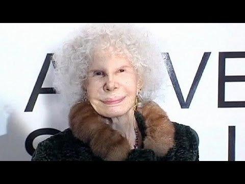 Le 21 novembre 2014, la Duchessed'Albe quittait à l'âge de 88 ans ce monde.