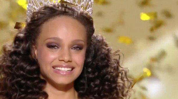 Miss France revient sur son bug en direct et déclare sa flamme à TPMP