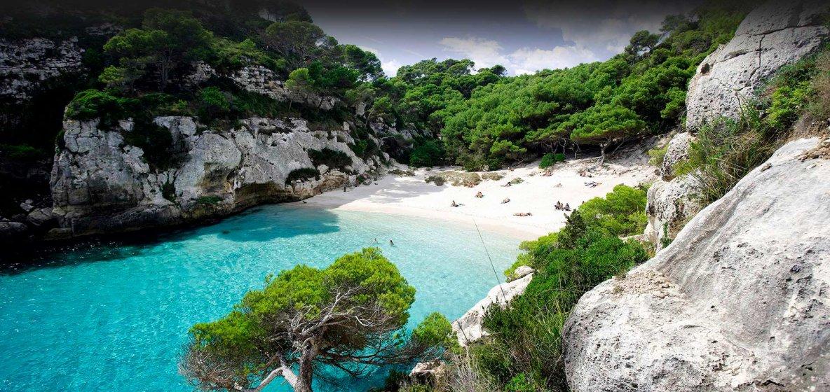 Hoteles y apartamentos en Menorca