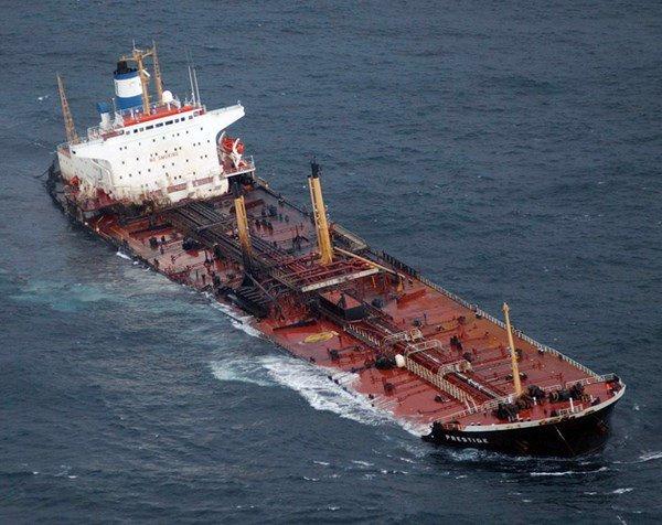 Prestige : les photos de la marée noire