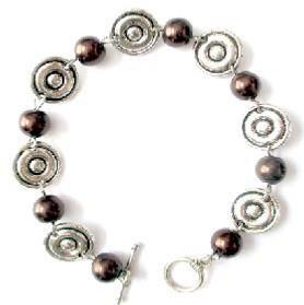 bracelet,bijoux,fantaisie,mode,beauté,argent,perles,marron