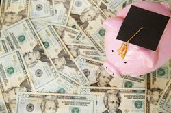 6 New Scholarships to Help Pay for College