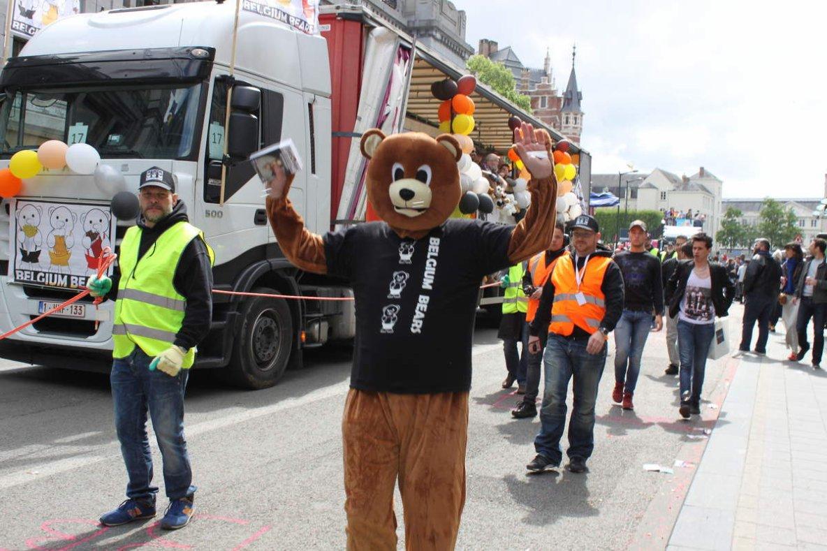 Hier, Bruxelles vibrait aux couleurs de la Belgian Pride - Mon reportage-photo