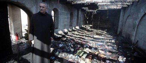 Des israéliens incendient le sanctuaire de Tabgha, haut lieu du (...) - CAPJPO - EuroPalestine