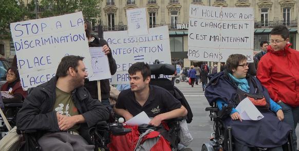 Manifestation des handicapés: «Le manque d'accessibilité est un handicap enplus»