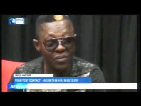 """Regardez """"Zoé Bella après avoir trahi King Kester Emeneya ayé ko verser ba larmes de crocodile"""" sur YouTube"""