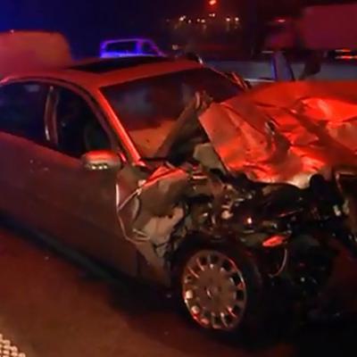 Gosselies: une Mercedes s'encastre dans un car emmenant des enfants en Grande-Bretagne, une passagère décède (vidéo)