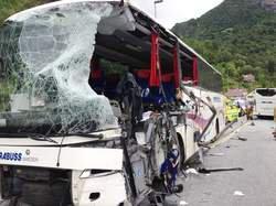 Collision de cars en Norvège: deux morts et plusieurs blessés graves