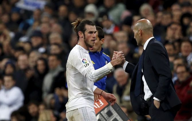 Zidane commence par une manita !