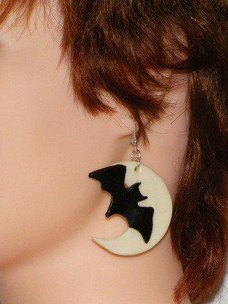 Boucle d'oreille Chauve-souris au clair de lune fluorescent : Boucles d'oreille par jl-bijoux-creation