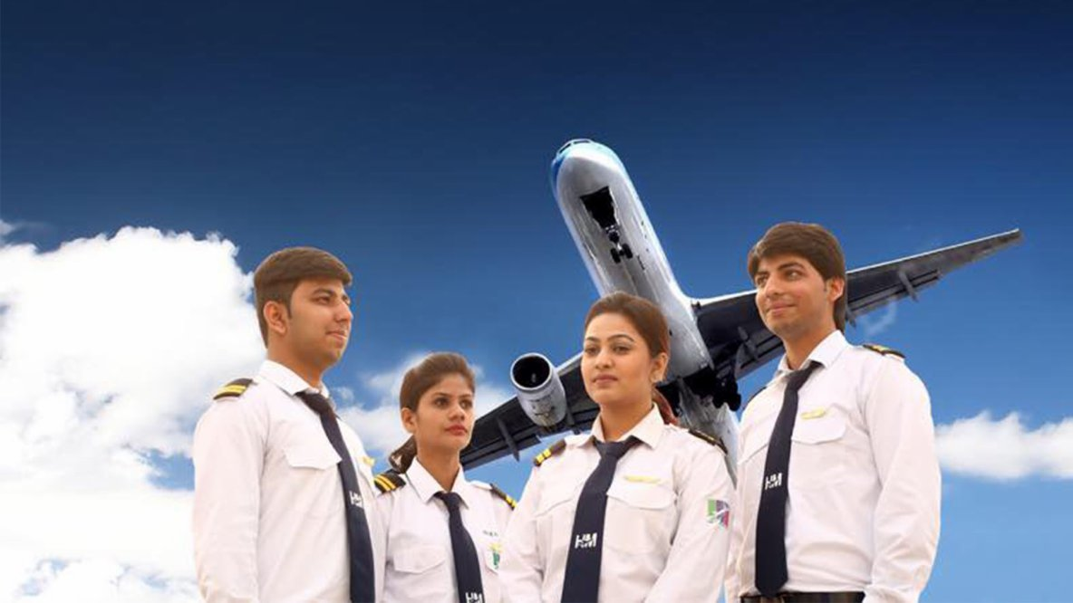 Expenses and Specifications of Becoming a Pilot