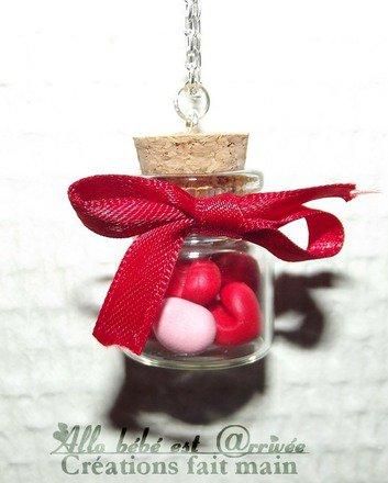 Sautoirs fiole petits coeurs en fimo st valentin