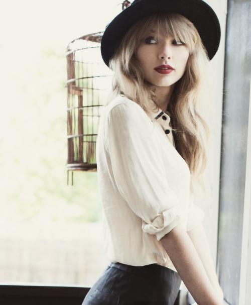 Taylor, MAGNIFIQUEMENTMAGNIFIQUE !