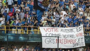 Bruges s'excuse pour la banderole polémique de ses supporters