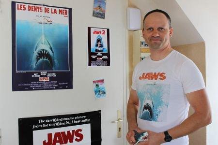 Vierzon - Sur le web, Arnaud Fermin expose sa collection... de grands requins blancs