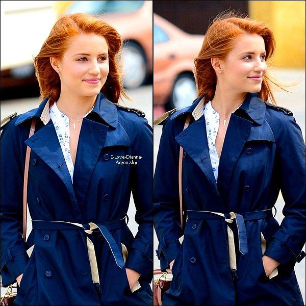 07/04Notre ravissante Dianna a été vue dans les rues de LA se renda...