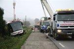 La RN12 bloquée plusieurs heures après un accident de car - Villiers-sous-Mortagne - Faits divers - ouest-france.fr