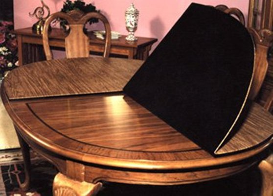 Custom made Table pads made with quality material.