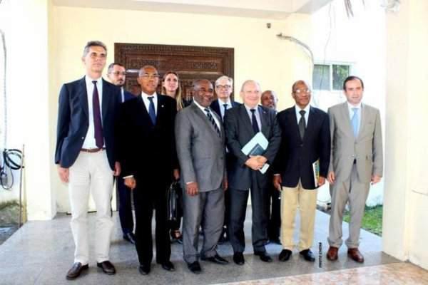 La France cet « Ami » qui nous cherche des… poux | Comores Infos