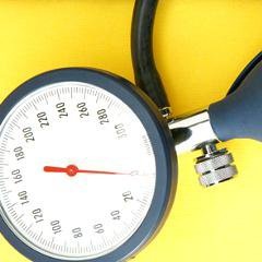 Hypertension: un médicament à écarter, selon Prescrire