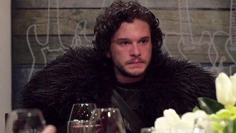 Alors que la saison 5 de Game of Thrones va démarrer ce dimanche, Kit Harrington est venu interpréter Jon Snow, le...