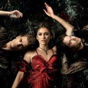 The Vampire Diaries si toi aussi tu adore cette série =D