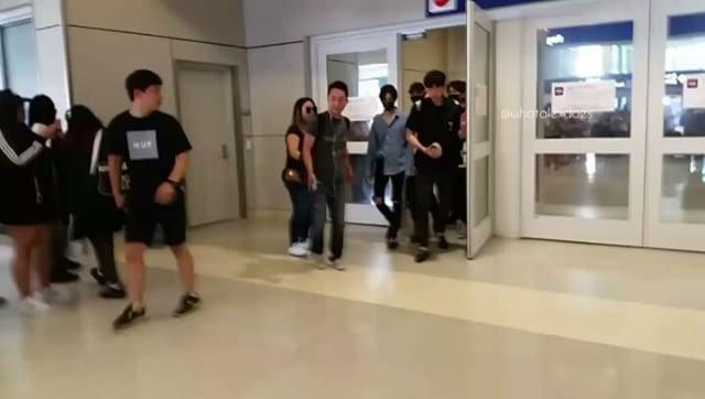 SHINee arrive à Dallas pour le Fanmeeting.