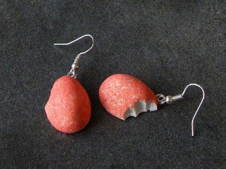 Boucle d'oreille fraise croquée en fimo Argent 925