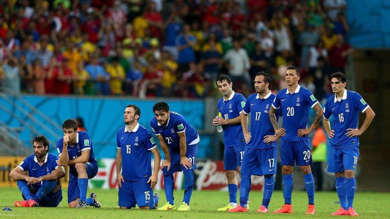 «Nous ne voulons pas de primes ou d'argent. Nous ne jouons que pour la Grèce et le peuple grec. Tout ce que nous attendons de vous, c'est une aide pour trouver un endroit et y construire un centre d'entraînement pour notre équipe nationale»