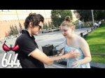 Jeune Russe Chanceux qui touche les seins de 1000 inconnues [Video HQ 2011]
