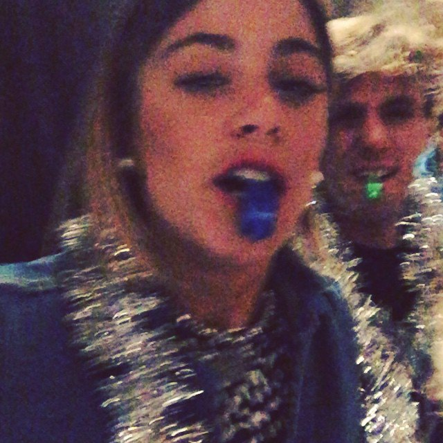 NOUVEL AN !!!!!! ( Via insta Tini ) ♥♥♥♥
