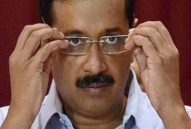 दिल्ली HC ने केजरीवाल से पूछा- 'बताओ ये ठुल्ला-ठुल्ला क्या है'