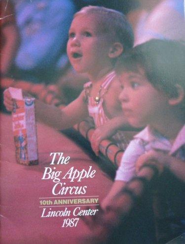 A vendre / On sale / Zu verkaufen / En venta / для продажи :  Programme Big Apple Circus 1987-1988