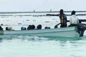 Naufrage d'un kwassa : deux corps d'enfants repêchés | L'info KWEZI