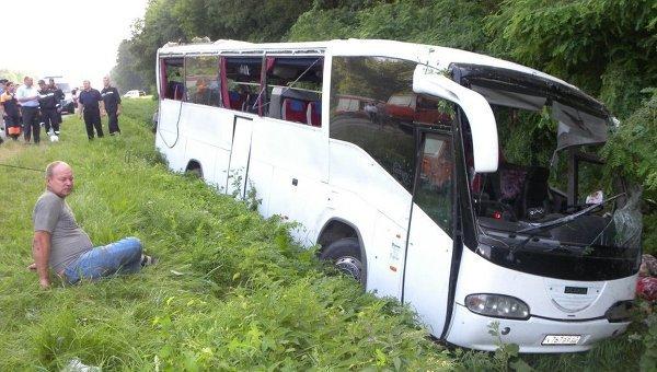 Ukraine/accident d'autocar: 14 pèlerins russes transportés à Moscou