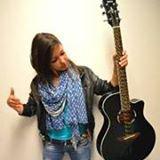 Kaina Chanteuse/guitariste/pianiste