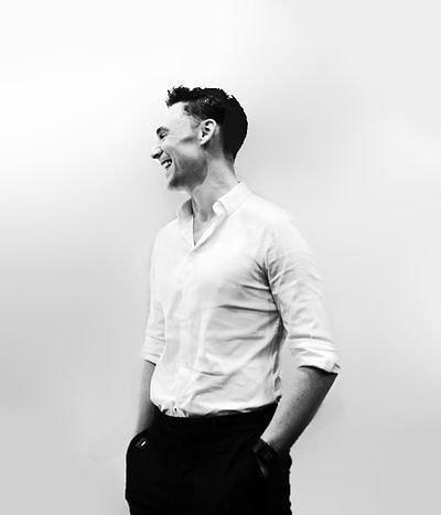 "Sweet Bear Tom Hiddleston 🐻❤ on Instagram: ""#TomHiddleston"""