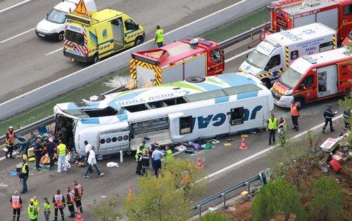 Accident du bus sur l'A8: au chevet des blessés | Var-Matin