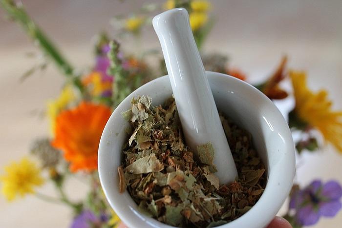 Traitements Naturels-Herbes-Natural Pharmacy-Tratamente Naturiste-Plante Medicinale-Farmacia Naturala