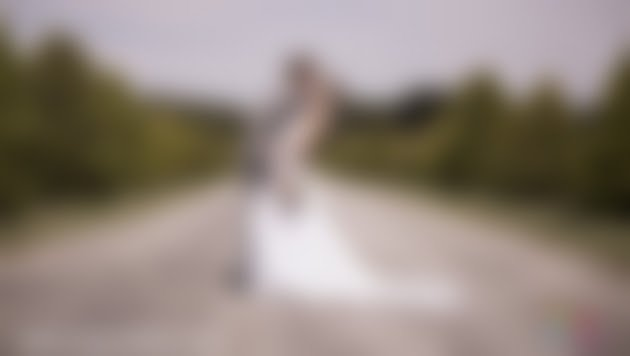 Un Jour Extra: Photographe et Vidéaste de Mariage Bordeaux - Bio - Google+