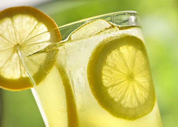 Detox Drink Made of Just 2 Ingredients To Cleanse The Body of Toxins - Healthy Food Society