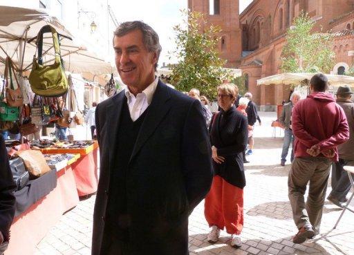 Cahuzac perçoit encore ses indemnités de ministre, confirme Moscovici