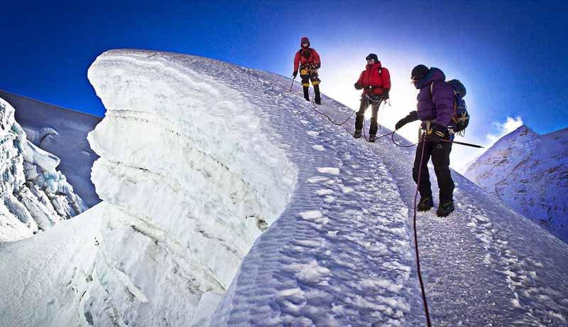 Island Peak Climbing, Island Peak Base Camp, Difficulty, Route & Itinerary