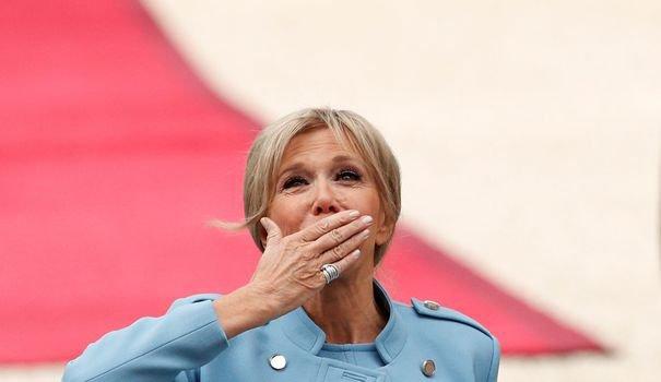 Pour son rôle de première dame, Brigitte Macron aura bientôt un agenda officiel - L'Express