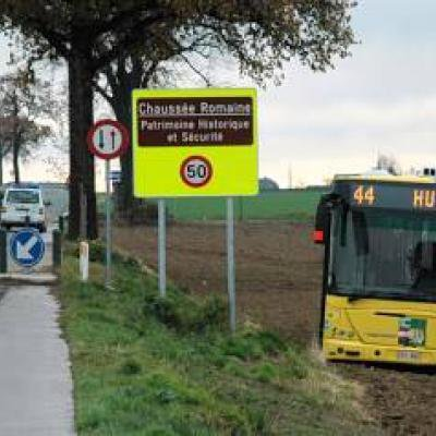 La route la plus absurde d'Europe fermée à cause d'un accident bus-voiture