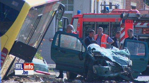 Spectaculaire accident à Grez-Doiceau impliquant un bus TEC: un mort et deux blessés graves