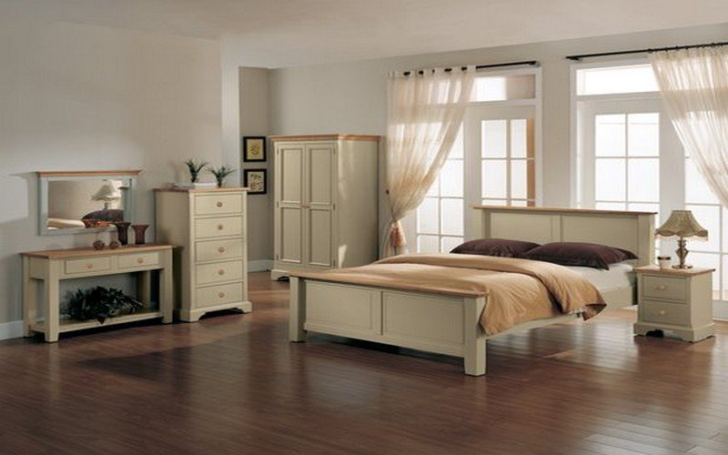 Cream Bedroom Furniture for Elegant Look