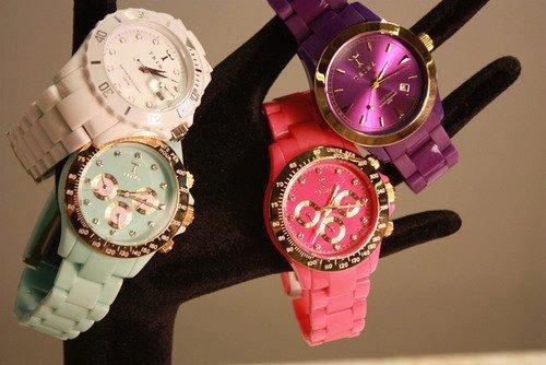 Lindos relojes  :P