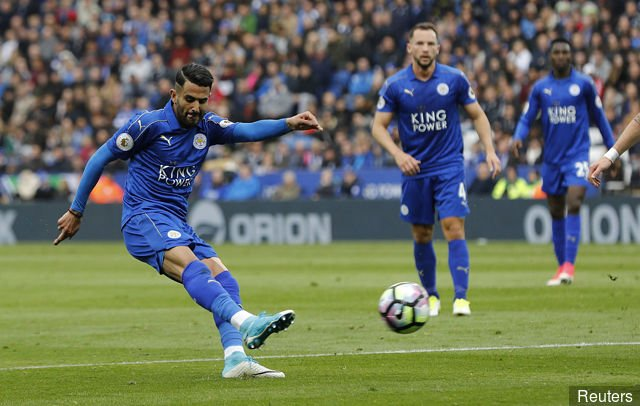 Leicester boss Shakespeare happy with Mahrez attitude amidst Roma, Arsenal rumours - Daily Soccer News