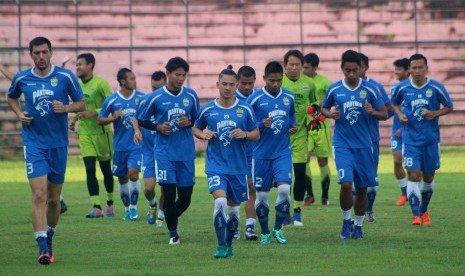 Persib Bandung Tetap Waspadai Gresik United | Ajang Prediksi
